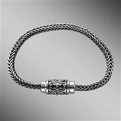 Sterling silver foxtail chain bracelet with magnetic clasp.